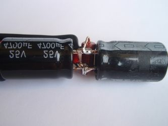 575 изменение энергии конденсатора при изменении его емкости