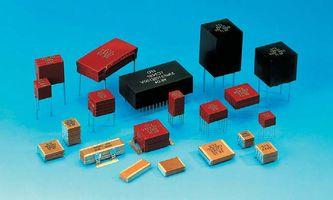 Найти разность потенциалов конденсатора - электричество и магнетизм - cyberforumru