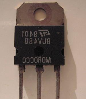 Intel перейдет на трехмерные транзисторы для мобильных soc-чипов